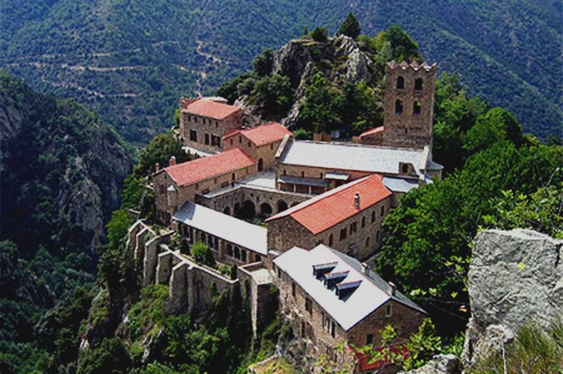 Abbaye de St.-Martin de Canigou