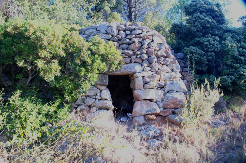 Traditional dry-stone farmers hut in Languedoc, France